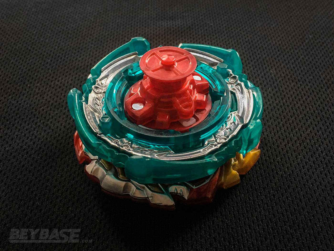 bottom view of strong beyblade burst stamina combo world spriggan paradox rise 1s